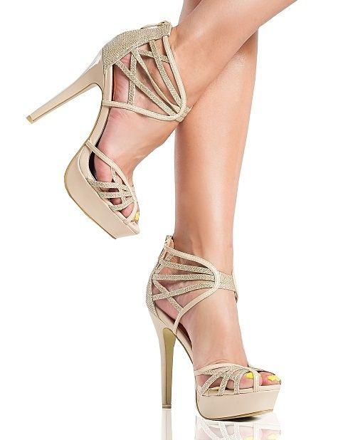 Sandaly połyskujące w słońcu sklep internetowy z butami https://styloweobcasy.pl