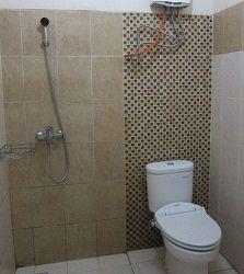 kamar mandi hotel davinci puncak pass