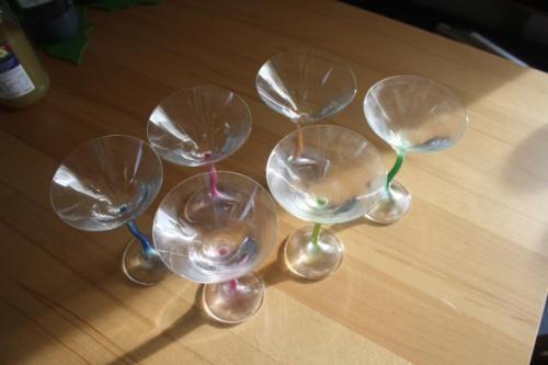 6 super schöne Cocktailgläser in unterschiedlichen Farben in Senden