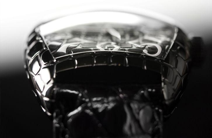 Franck Muller Cintrée Curvex Black Croco