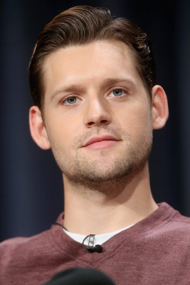 Luke Kleintank photos, including production stills, premiere photos and other event photos, publicity photos, behind-the-scenes, and more.