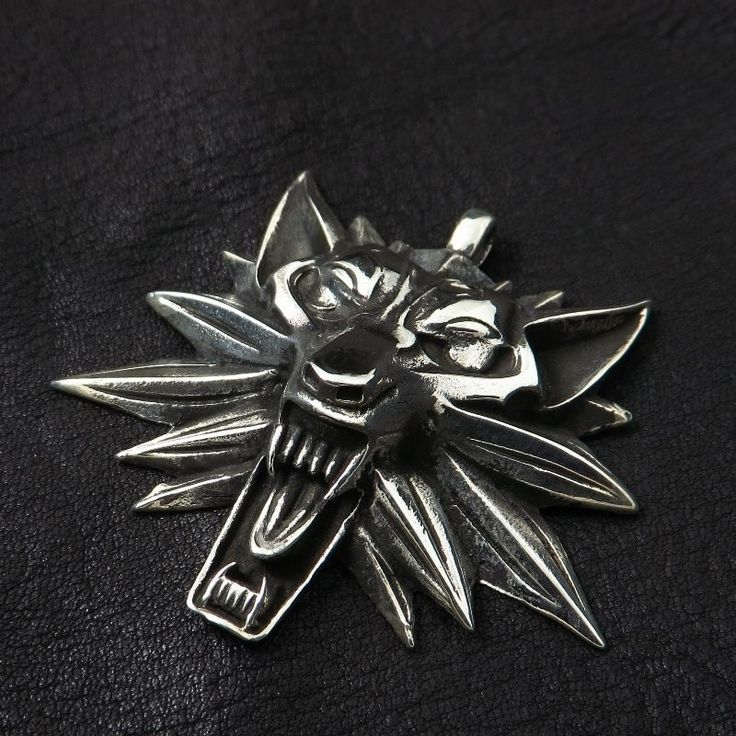 Silver Witcher medallion. Wolf. Geralt of Rivia. Wild Hunt. Cosplay. Sapkowski. #Pendant