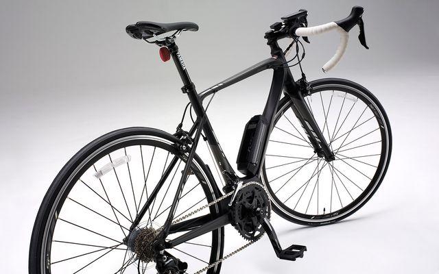 ヤマハ発動機、スポーツライドを楽しめる電動アシストスポーツ自転車「YPJ-R」