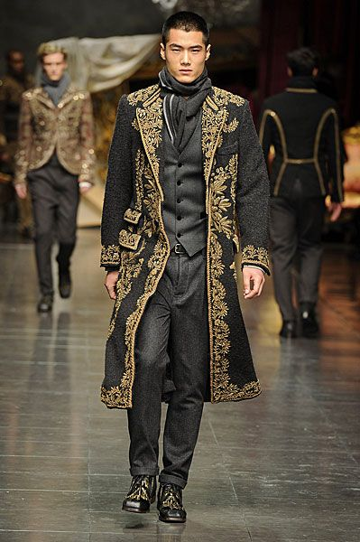 Aye, that Dolce  Gabbana be makin some savvy things for the new buccaneers!