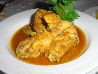 Kalio Ayam (Sumatran Chicken in Spicy Coconut Gravy)