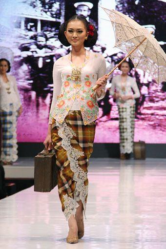 Jakarta, Indonesia - 17 Mei, Anne Avantie 'Ramli dalam Kenangan', Jakarta Fashion & Food Festival 2013, at Grand Ballroom Harris Hotel, Kelapa Gading, 17 Mei 2013. Jakarta. (Foto by Mohammad Abduh/Wolipop)