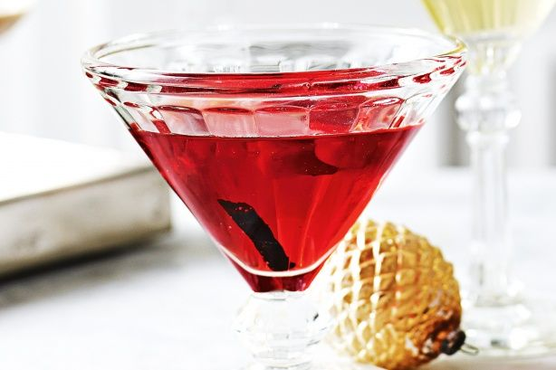 This refreshing cranberry #vodka is perfect for #Christmas celebrations.