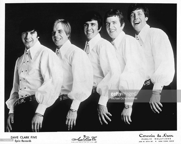 The Dave Clark Five pose for a portrait in circa 1963. (L-R) Denis 'Denny' Payton, Lenny Davidson, Dave Clark, Rick Huxley, Mike Smith.