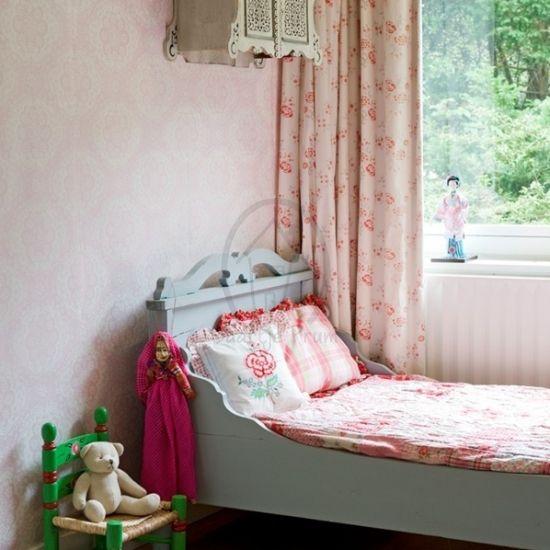 Alleen de allerleukste Behang van de mooiste merken bij Saartje Prum. Bekijk onze collectie online of vraag om persoonlijk advies.