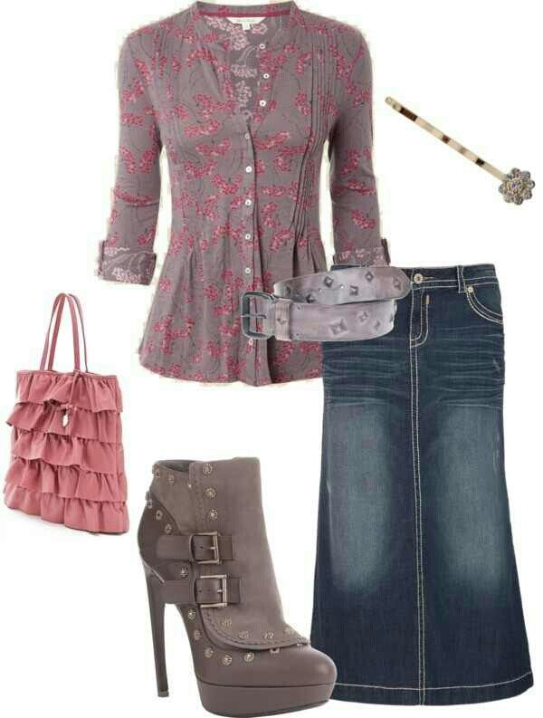 Cute outfit, love the colors. Would change the shoes to gray flats