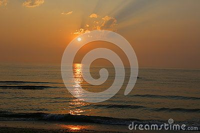 Sunrise At The Beach - Download From Over 46 Million High Quality Stock Photos…