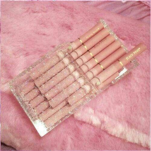 Pink cigarretes