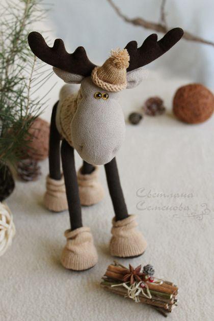 Лось. Откуда дровишки...? - коричневый,лось игрушка,лоси,новогодний декор