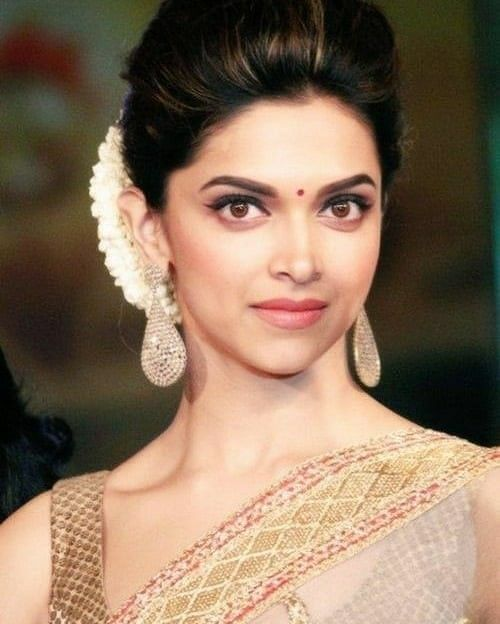Deepika Padukone Indian Actress And Celebrity Bollywood Actress