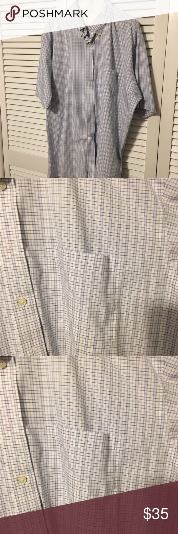 Jos A Bank Short Sleeve dress shirt Jos A Bank short sleeve dress shirt, Traveler Collection. Wrinkle resistant, shrink resistant, fade resistant. Worn maybe once. Perfect condition. jos a bank Shirts Dress Shirts