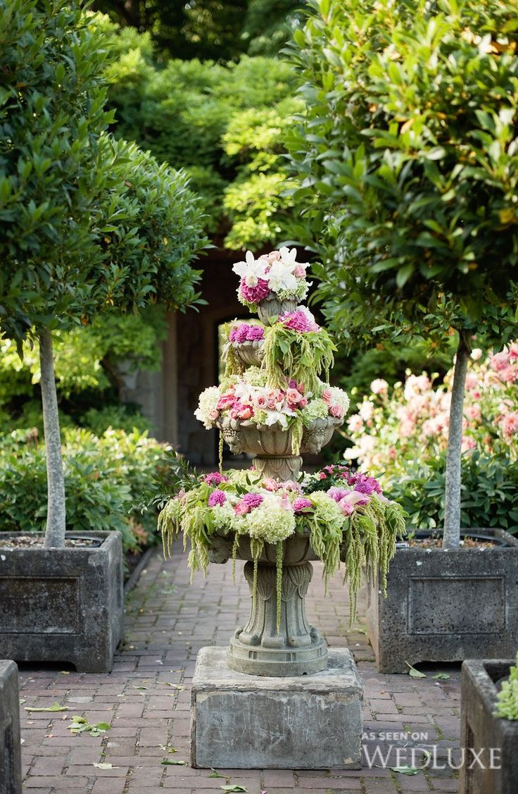 25 best ideas about secret garden weddings on pinterest - Decorar jardin con poco dinero ...