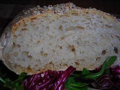 Pane siciliano morbido con pasta madre