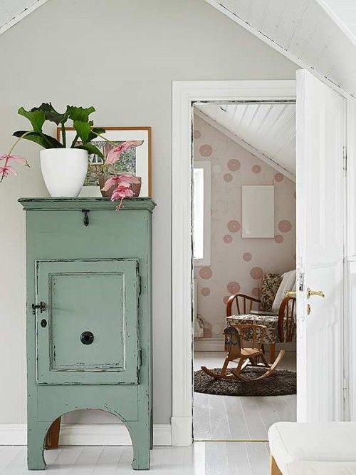 17 mejores ideas sobre habitaciones de color verde lim n en pinterest s banas de color verde - Muebles decapados ...