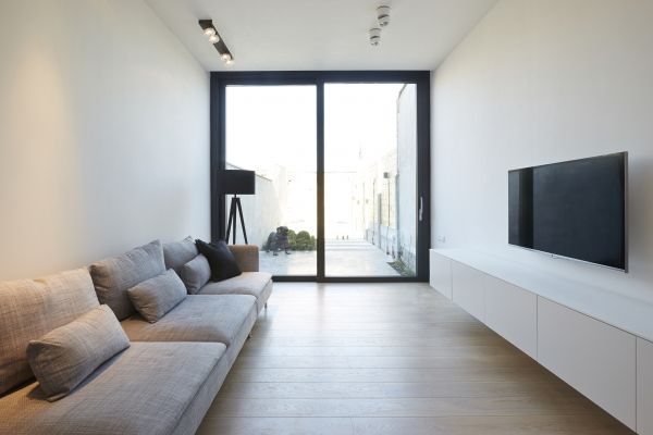 Ghyselen Dewitte Architecten - TOTAALRENOVATIE SMALLE RIJWONING