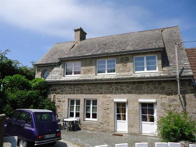 Vente Maison en pierres de type F5 sur 1100 m² de terrain FLAMANVILLE (50340) - Côte & Littoral