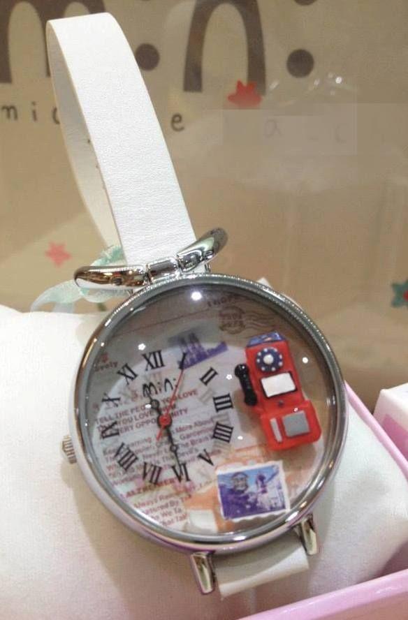 REF.44 Reloj con mini-figuras en 3d porcelana fría.  100% originales, garantía 1 año