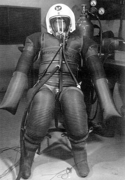 8 best images about Pressure suits on Pinterest | Space ...