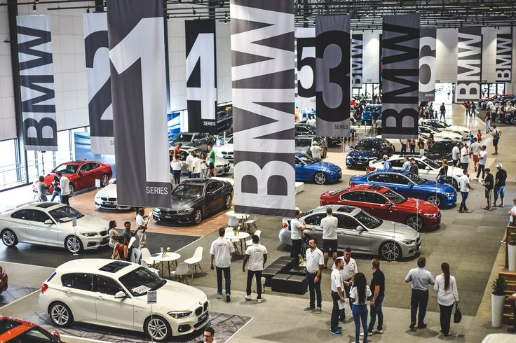 The first-ever BMW M Festival in South Africa attracts just under 20,000 visitors at the Kyalami Grand Prix Circuit - Digital Street https://www.digitalstreetsa.com/first-ever-bmw-m-festival-south-africa-attracts-just-20000-visitors-kyalami-grand-prix-circuit/