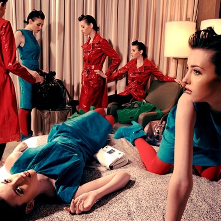 . 📕📕📕📕 . . una magazine . . 📗📗📗📗 . . #photography @ccharryc . . . 📘📘📘📘 . . #harryc #photography #photographer #photo #camera #フォトグラファー #カメラマン #カメラ #写真 #unamagazine #magazine #fashionshoot #fasion #model #ファッション #モデル #allback #red #ハリーシー