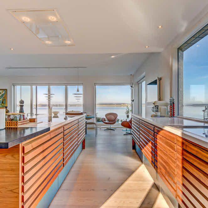Uno form kitchen; Villa at the water's edge