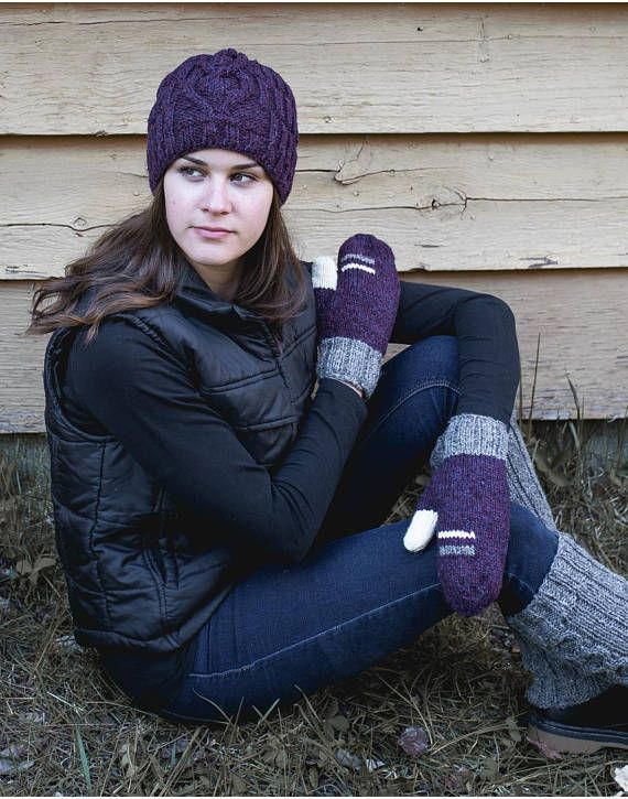 Be pretty AND warm this winter with the natural sheep wool. #fashion #winter #hat #beanie #purple #mittens #wool #legwarmers # women #casual
