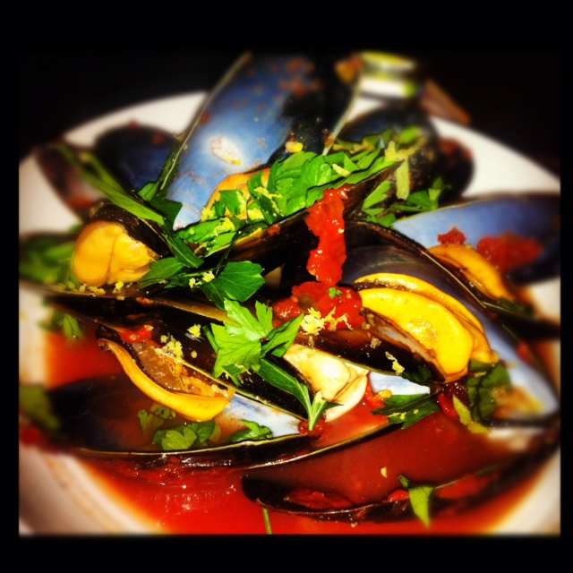 Mussels, Chili and Garlic on Pinterest