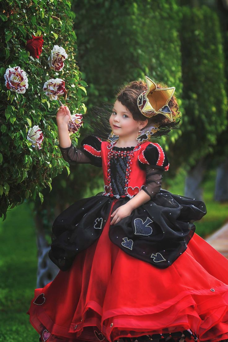Pin de Melissa Antonucci en Recital themes and costumes en