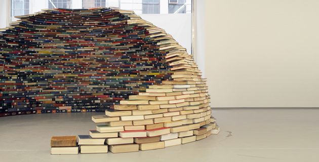 book igloo by Miler Lagos.