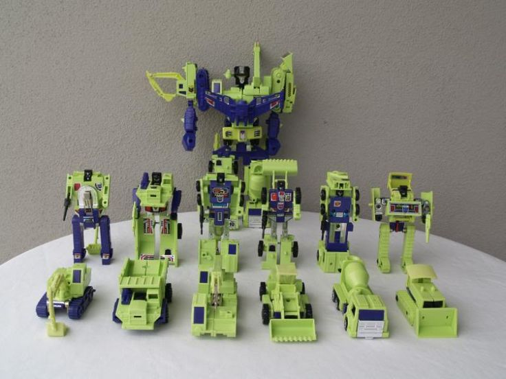 Transformers G1 Constructicons and Devastator