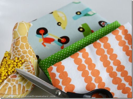 Pillowcase Tutorial: A pillowcase is one of the easiest projects to sew. My Burrito Method will make you an instant expert. Follow my simple Pillowcase Pattern and learn the Easiest Way to DIY | sewing #seasonedhome