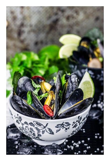 Thai style coconut steamed mussels