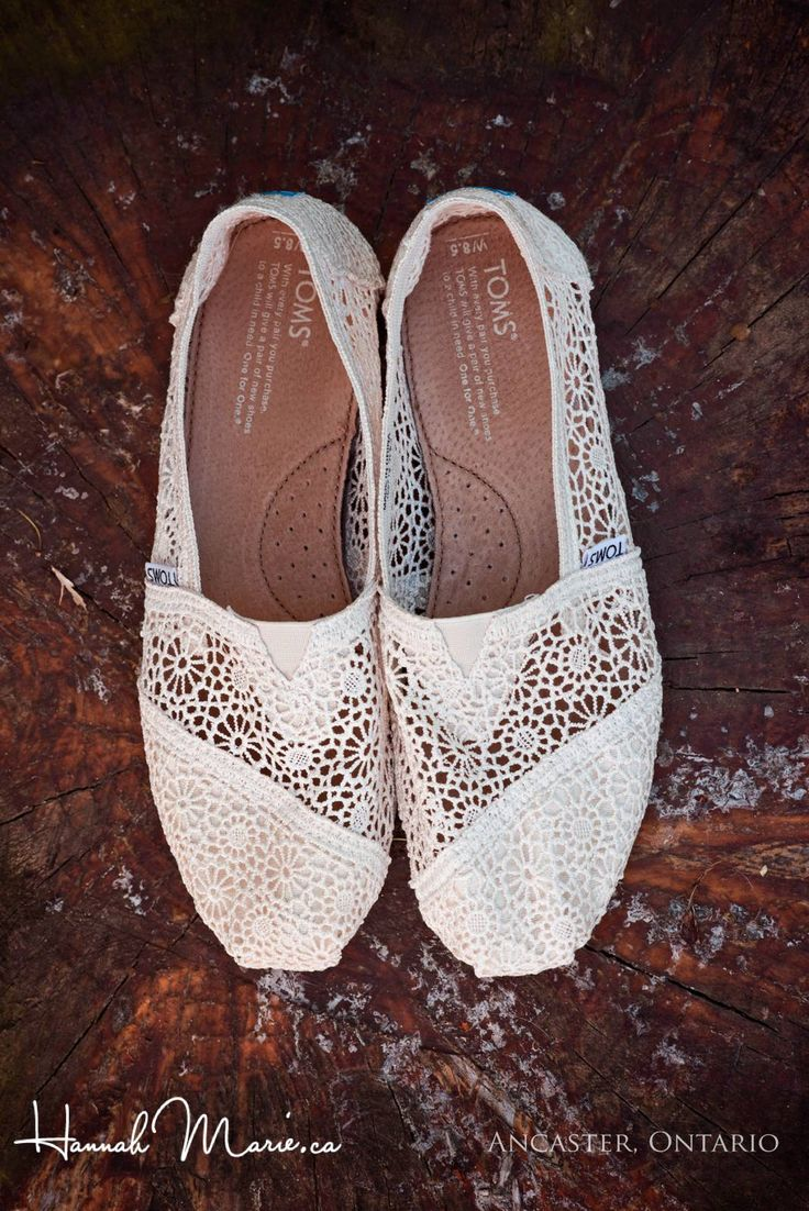 Wedding day TOMS made of lace for the bride! Perfect for her barn wedding at Country Heritage Park. Hannah Marie, Waterloo Wedding Photography www.hannahmarie.ca