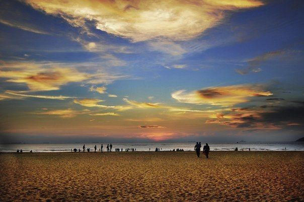 Расслабиться и отдохнуть на пляже, составить список задач на ближайшее время, накупить недорогих сувениров и разноцветной одежды. Нам кажется, неплохое начало для нового продуктивного года! Летим на ГОА!