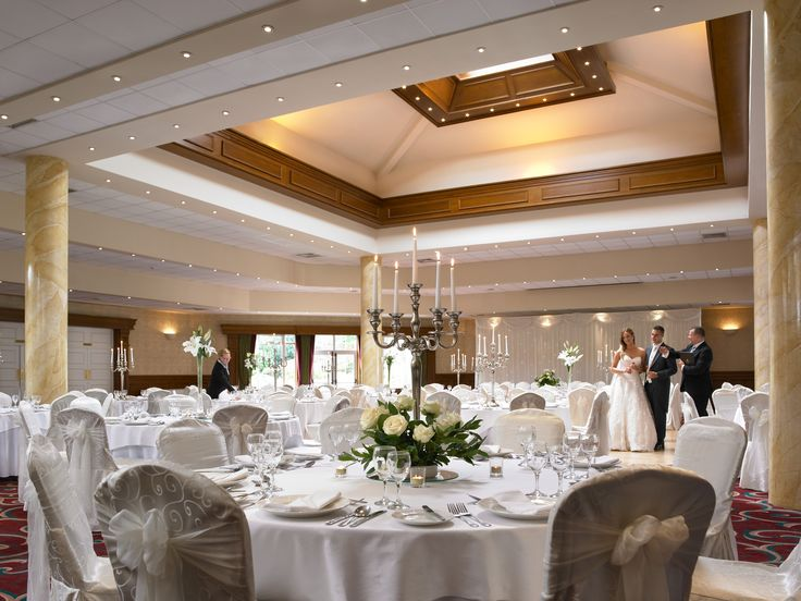 Our stunning Clonmacnoise Ballroom is the perfect venue for weddings, concerts, events and functions.