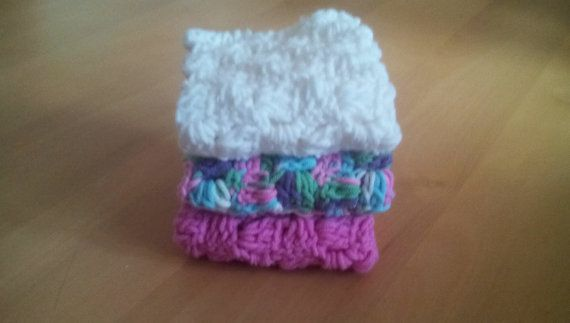 Check out this item in my Etsy shop https://www.etsy.com/uk/listing/280900112/crochet-wash-cloth-cotton-dish-cloth