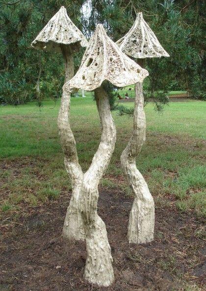 Abby Martin - Middling fungi
