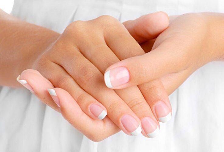 Чтобы ногти всегда выглядели ухоженными и были белыми  Чтобы ногти всегда выглядели ухоженными и были белыми, длинными и крепкими советую этот рецепт!    Для крепких и белых ногтей приготовьте пасту из: (все по пол чайной ложки)    - тертый картофель  - зубная паста  - перекись водорода  - сода    Нанести на ногти на 10-15 мин. https://happiness-kzn.ru/