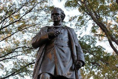 US Slave: Dr. J. Marion Sims Medical Experiments on Enslaved Women