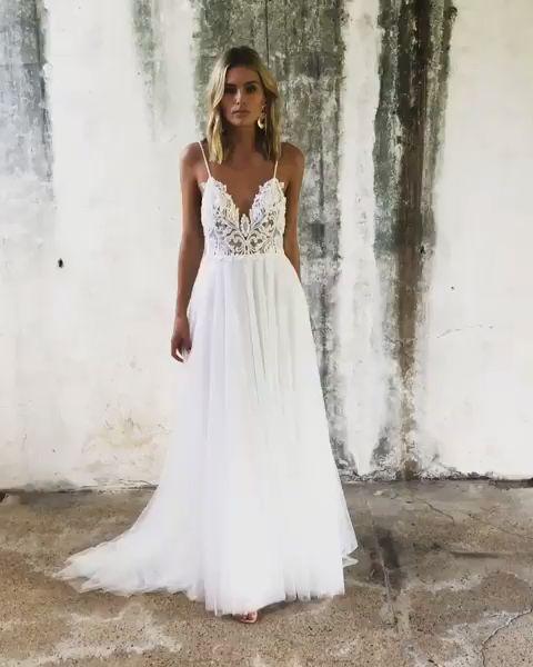 Informal Spaghetti Straps Bohemian Wedding Dress