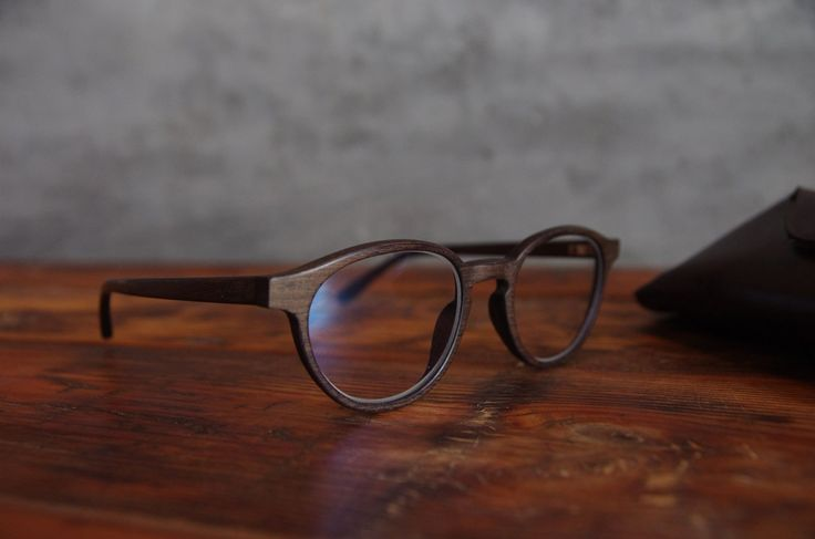 COMING SOON ♥ #westwodeyewear #wood #sunglasses #glasses #design #simple #newcollection check it on: www.westwoodshop.com