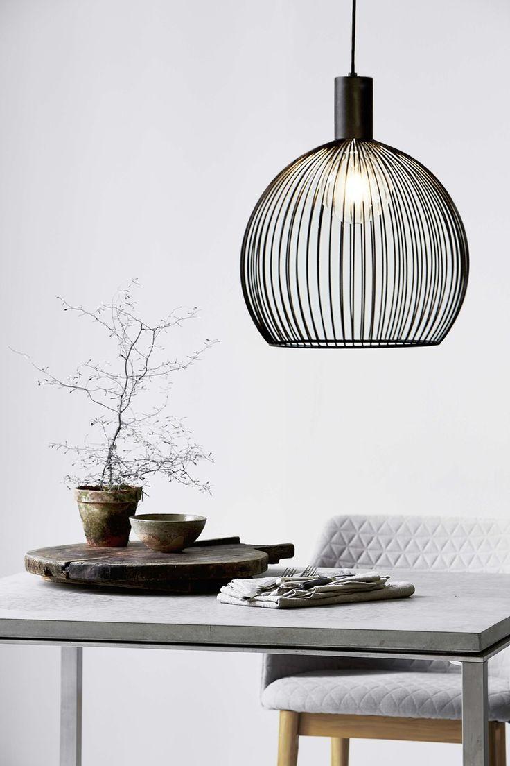 https://blowupdesign.pl/pl/lampy-klatki-metalowe-loft-design/3098-lampa-wiszaca-aver-40-5701581337282.html