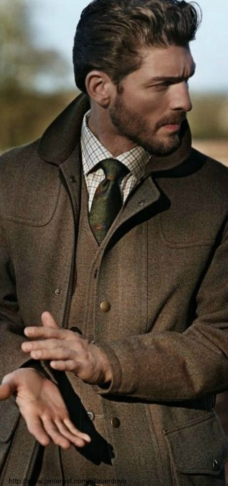 Earthy warm and casually elegant.  Fresh pinspiration daily, follow http://pinterest.com/pmartinza