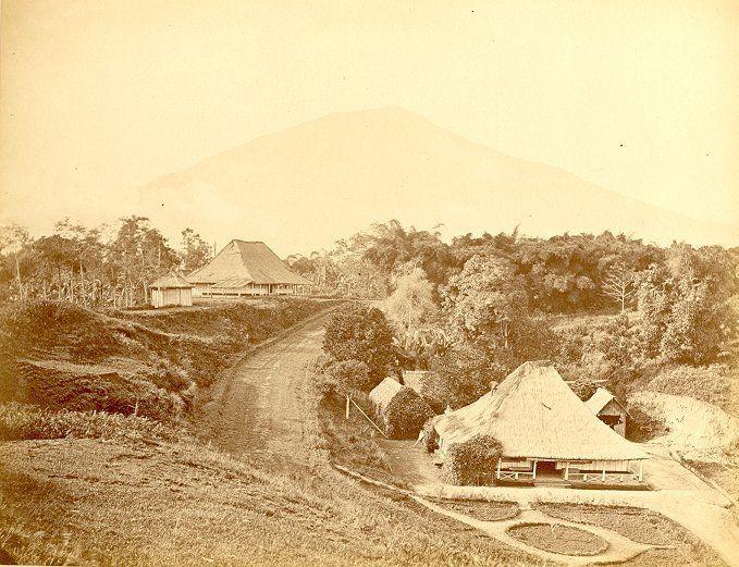 Le Club au Fort de Kock/Bukit Tinggi 1857-1910.