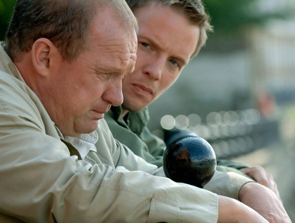 Still of Peter Firth and Rupert Penry-Jones in Spooks