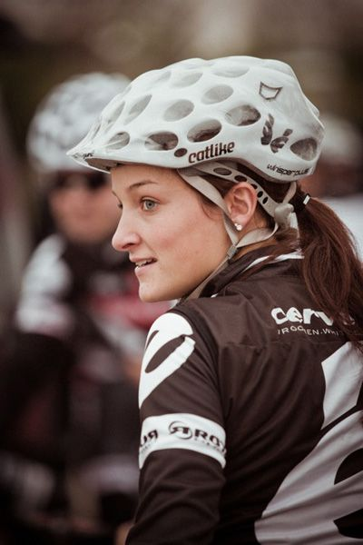 Professional cyclist portraits by Richard Baybutt - Lizzie Armitstead women fitness cycling cyclist bike fitfam fitness fitspo fitspiration